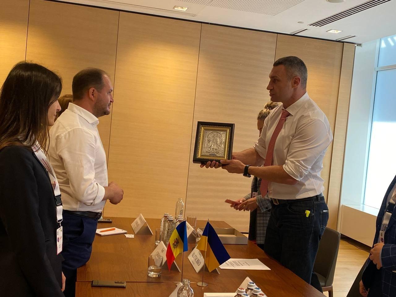 Чебан обсудил смэром Киева Кличко возобновление сотрудничества двух столиц