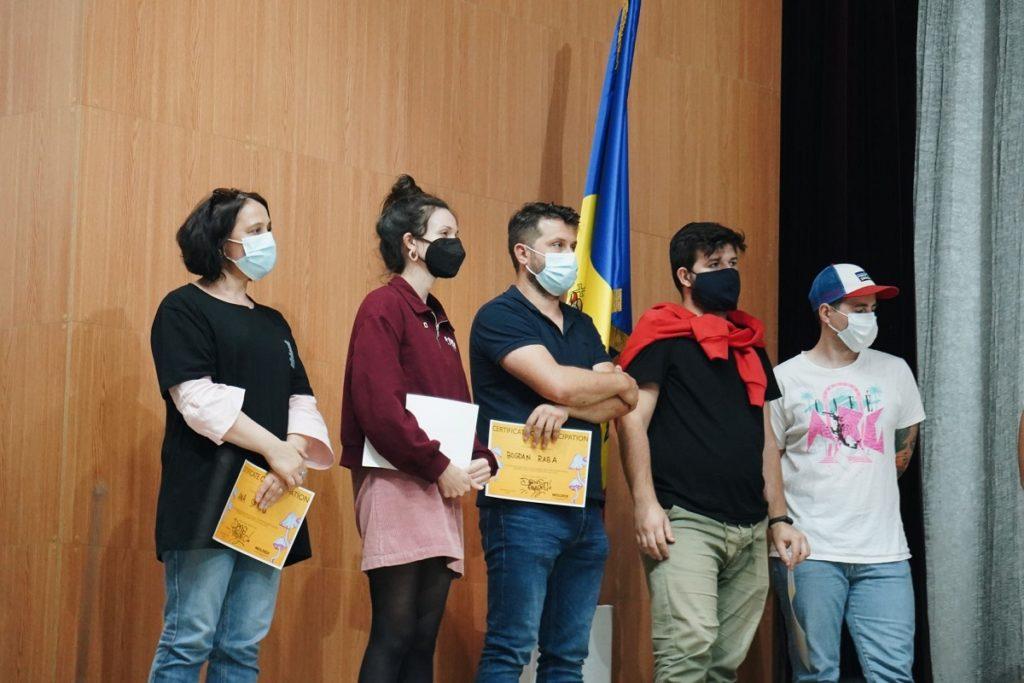 Află cum a fost la Festivalul Moldox, dar și ce premii au luat regizorii în devenire, participanți la atelierele Moldox Lab