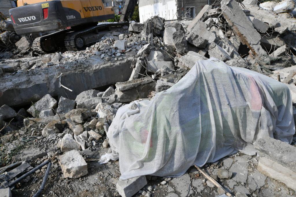 «Мынеразрешали, аони снесли». Как вмэрии объяснили снос ресторана Sănătate (ФОТО)