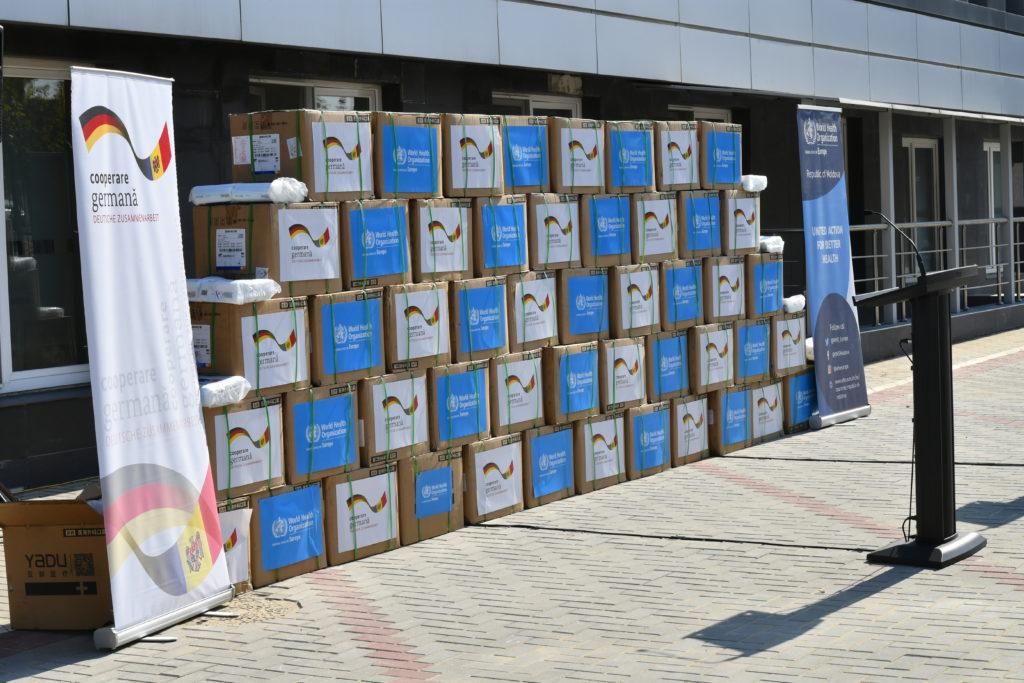 Германия и ВОЗ передали Молдове 1 млн защитных масок (ФОТО)