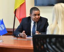 «Снижение пенсионного возраста в Молдове окажет давление на госдолг». Интервью NM с главой МВФ в Молдове Роджерсом Чавани