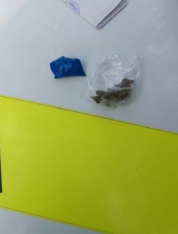 Un șofer de taxi a fost depistat drogat în timpul orelor de muncă (FOTO)