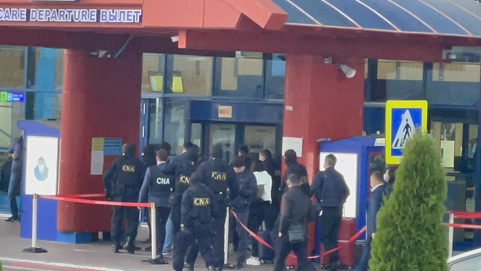 В Кишиневском аэропорту проводят обыск по делу о взятках (ВИДЕО)