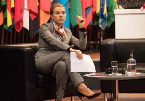 «Раньше мыпытались интегрировать меньшинства вбольшинство». Что посол Молдовы рассказала нафоруме ООН