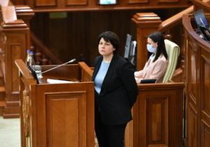 NM Espresso: зачем в Молдове ввели ЧП, что будет с газом, и как власти (не) погасили Вечный огонь в Кишиневе