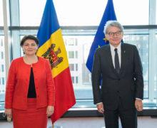Prim-ministra Natalia Gavrilița a avut o întrevedere cu Thierry Breton, comisar pentru piața internă