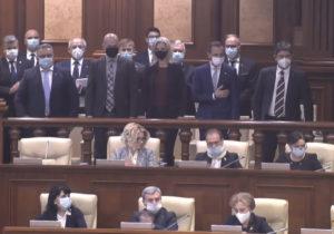 O delegație formată din senatori și deputați din România participă la ședința plenară a Parlamentului de la Chișinău