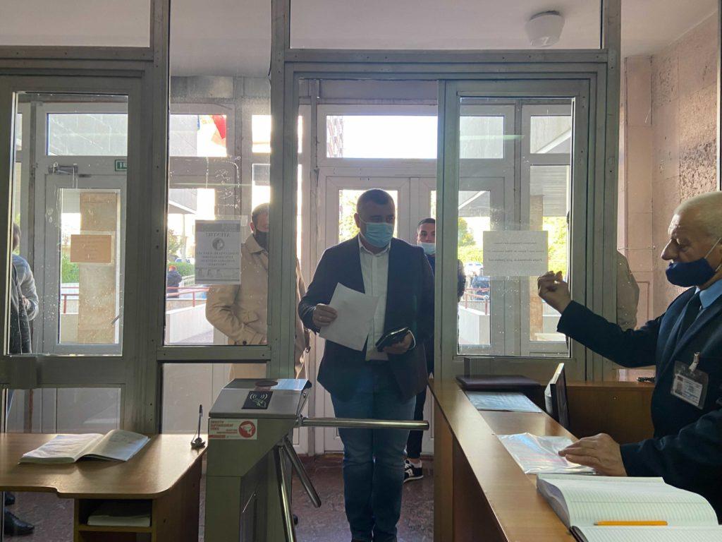 Стояногло отправили домой. Что происходит в суде Чекан. Онлайн трансляция
