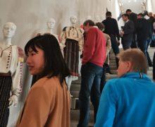 «Сделать ию— это как выносить ребенка». ВЛихтенштейне открылась выставка молдавских народных костюмов