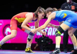 Luptătoare și la propriu și la figurat. Irina Rîngaci și Iulia Leorda au devenit campioană și vicecampioană mondială