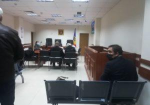 Стояногло частично сменили судей по делу об аресте. Что происходит в АП Кишинева. Онлайн-трансляция