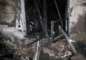 Mai multe bunuri care aparțin Procuraturii Ungheni au ars în urma unui incendiu nocturn (FOTO)